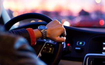 Worst Driving Habits Pakistani Drivers Need to Avoid